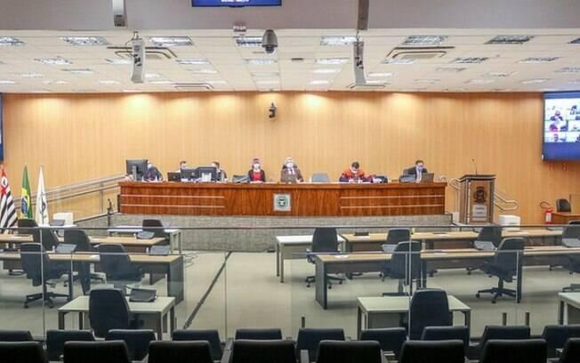 Câmara vota regularização de ocupações religiosas em prédios públicos