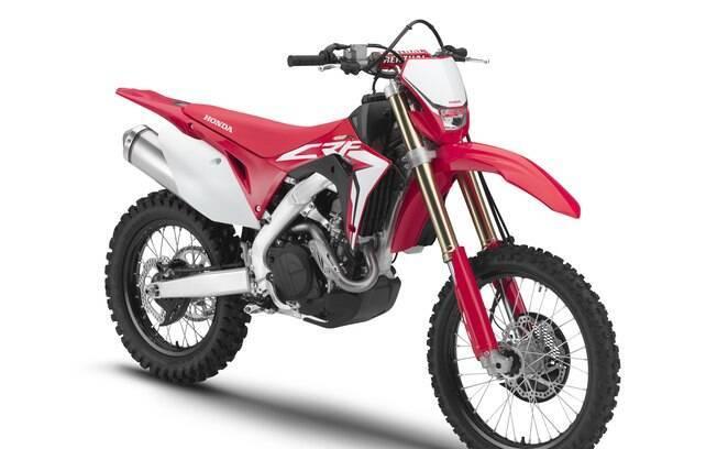 Honda CRF 450X: Apesar de bastante similar à RX, esta é pensada para um uso mais prolongado nas trilhas