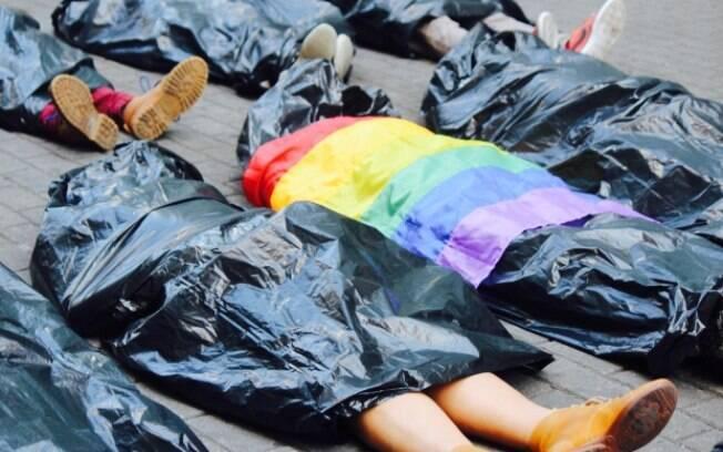 Ato protesta contra homofobia