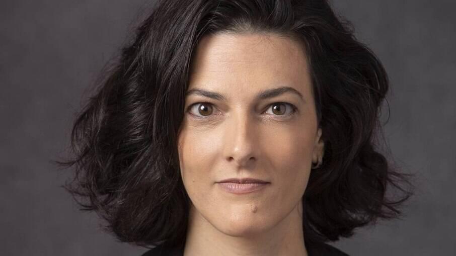 """A jornalista Cristina Fibe, autora do livro-reportagem """"João de Deus — O abuso da fé"""""""