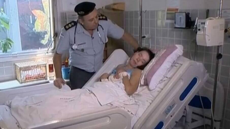 Paciente conhecida como Clarinha, ela vive em estado vegetativo no Hospital da Polícia Militar de Vitória, no Espírito Santo