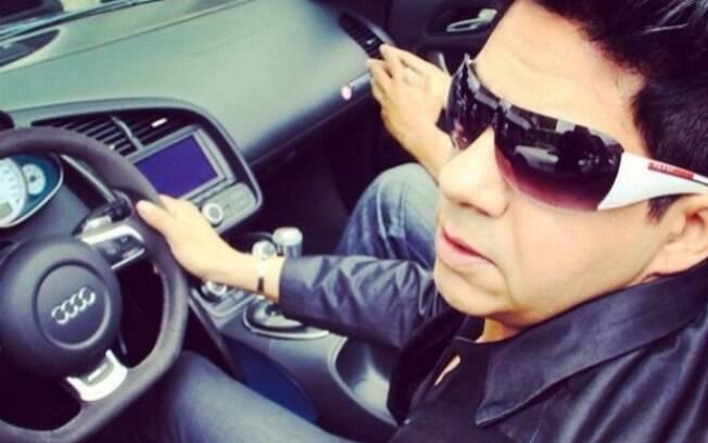 Nas redes sociais, Antonio Carlos publicava fotos em carros importados e em restaurantes nacionais de luxo para chamar a atenção das vítimas