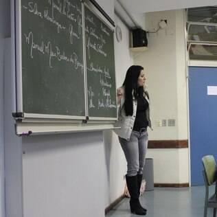 Piso do professor de escola pública deve subir 13%