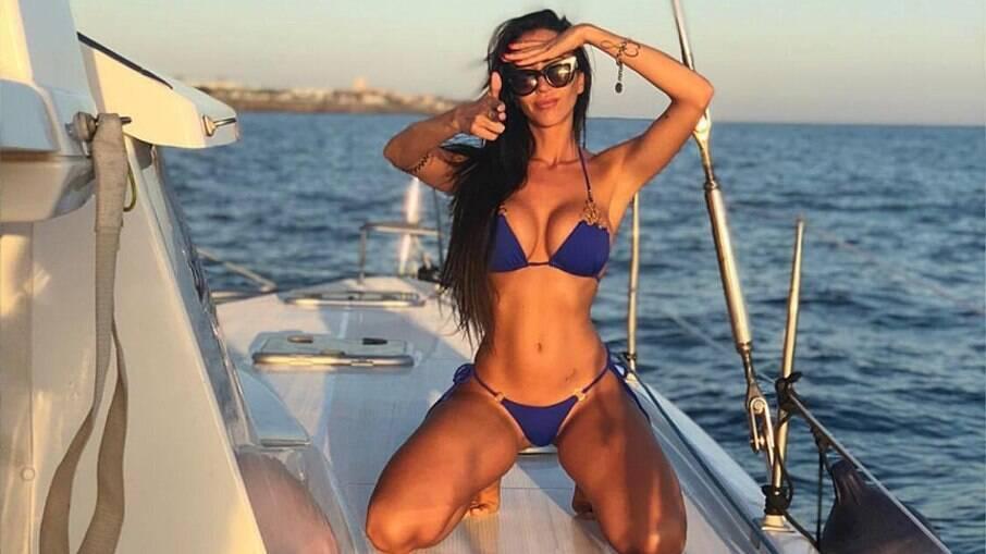 Aurah Ruiz postou foto com novo affair