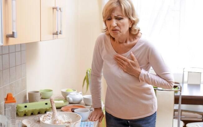 Muitas vezes, mulheres não apresentam os sintomas mais evidentes de um ataque cardíaco, o que dificulta o diagnóstico