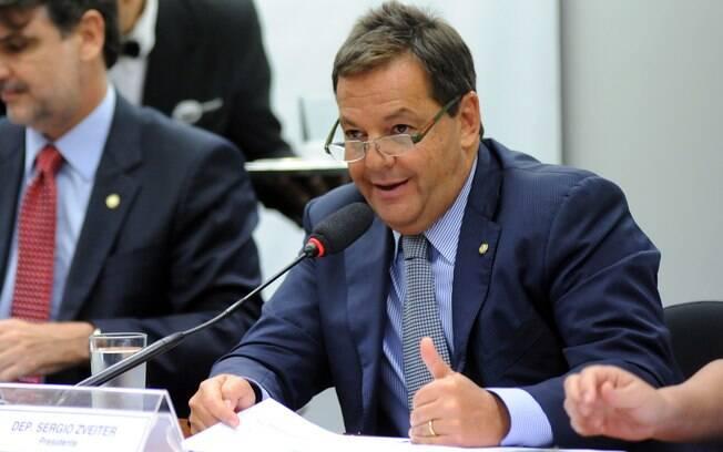 Deputado Sergio Zveiter foi escolhido relator da denúncia apresentada contra Temer pelo crime de corrupção passiva