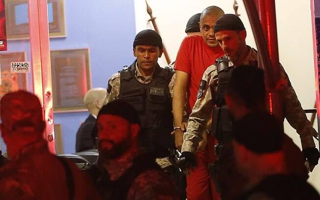 Agressor de Bolsonaro, Adelio Bispo de Oliveira foi transferido pela Polícia Federal dois dias após ataque