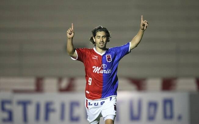 Josiel foi o artilheiro em 2008 com 20 gols pelo Paraná