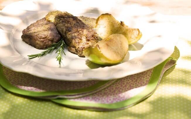 Foto da receita Escalope de filé com molho de mostarda pronta.