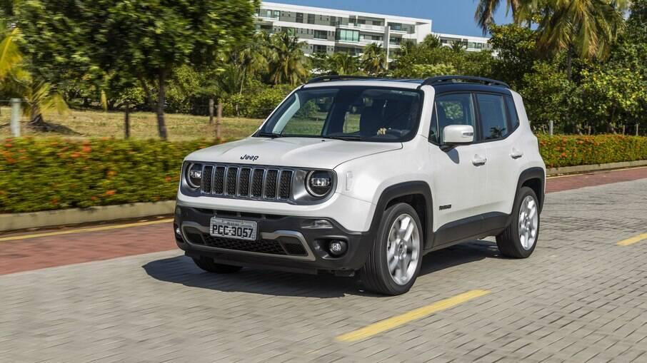Jeep Renegade: mesmo quase sem novidades da linha 2021, o SUV resiste nos primeiros lugares no ranking de vendas
