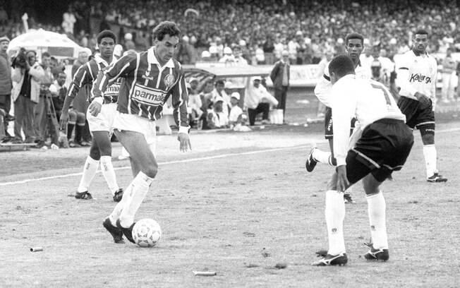 Palmeiras venceu Corinthians na final do Paulistão 1993 e quebrou jejum de  16 anos sem conquistar eb1aadd141556