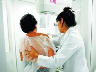 Cuidado.   Mulheres acima de 50 anos devem fazer mamografia anualmente, diz o Ministério da Saúde
