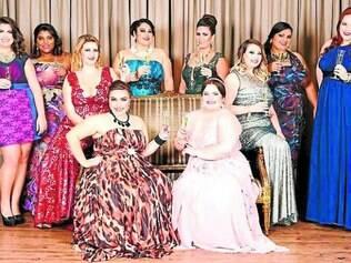 Helena Custodio e outras 10 blogueiras mais famosas de plus size do Brasil posaram com a linha Curvy de moda festa do estilista Arthur Caliman