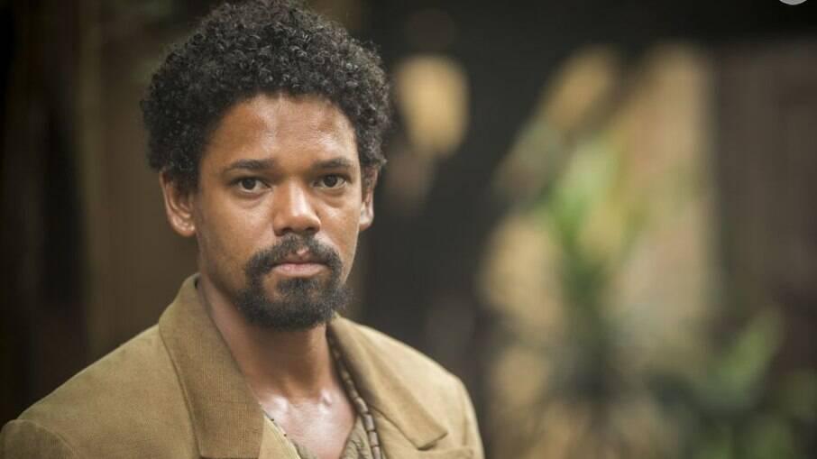Samuel revela a Pilar que é filho de Ambrósio