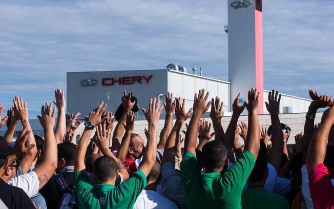 Funcionários da Chery iniciaram greve após a demissão de funcionários terceirizados