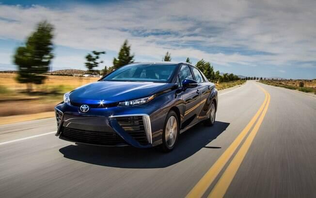 Toyota Mirai, com células de combustível a hidrogênio, já é vendido experimentalmente na Califórnia