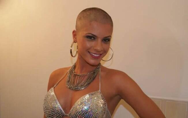 Babi Rossi já raspou os cabelos pela atração