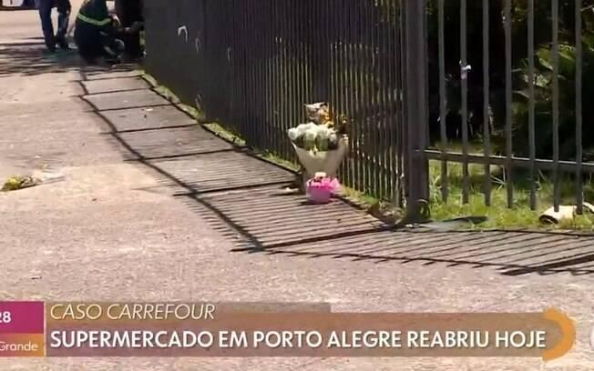 Homenagem a João Alberto no Carrefour (RS)