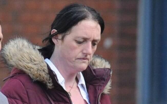 Com outras 148 acusações em sua ficha policial, a britânica foi condenada a seis meses de prisão pela compra dos chocolates