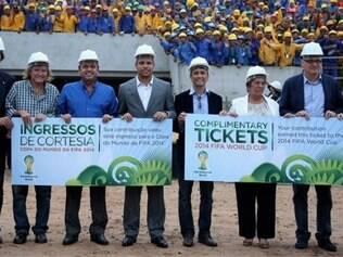 Anúncio foi feito durante reunião de representantes do COL no estádio Maracanã