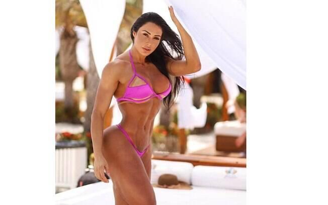 Fotos mais sensuais de Gracyanne Barbosa na web