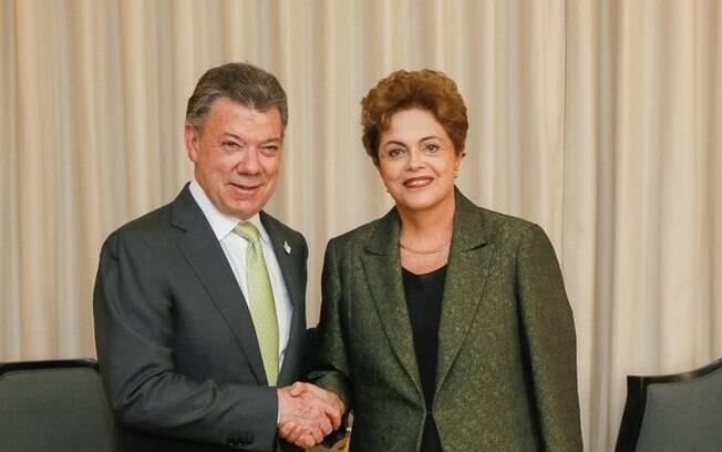 Dilma Rousseff e Juan Manuel Santos, presidente da Colômbia