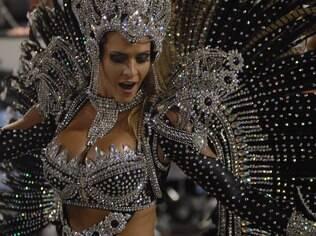 Denise Rocha pagou os R$ 30 mil da fantasia em prestações