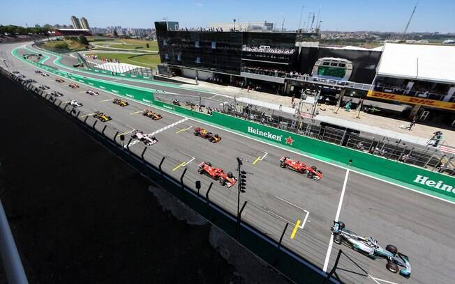 GP do Brasil de Fórmula 1 em 2018 teve maior média de público desde 2010
