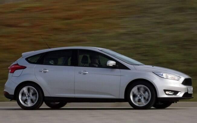 Ford Focus SE: conjunto bem acertado e com ajuste um pouco mais voltado para esportividade que para o conforto