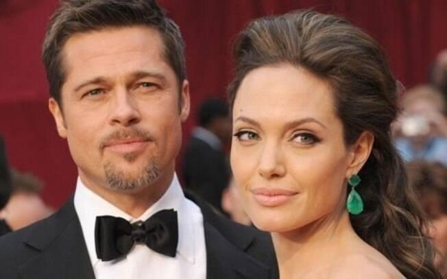 Brad Pitt e Angelina Jolie estão oficialmente solteiros