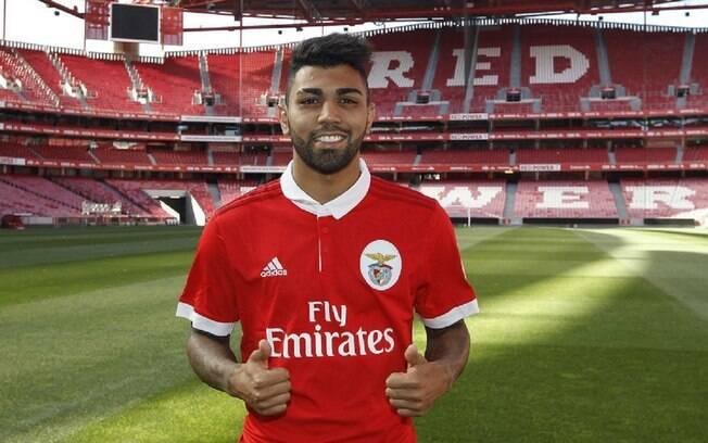 Gabigol chegou no Benfica por empréstimo nesta temporada, mas clube já pensa em emprestá-lo