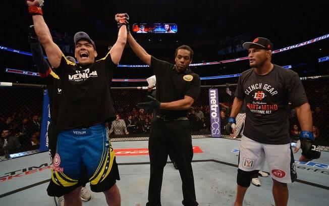 Lyoto Machida venceu e ficou perto de  disputar luta que vale cinturão no UFC