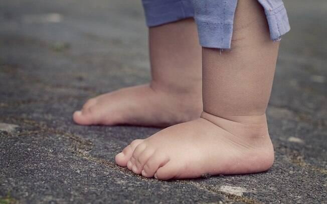 Menina de nove meses foi deixada com criança de apenas doze anos