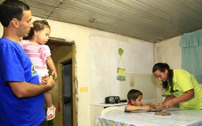 A família Venâncio se recuperou e ajudou as assistentes sociais a criar uma nova estratégia de tratamento