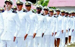 Marinha abre concursos para vagas com salários de até R$ 8,8 mil - Carreiras - iG