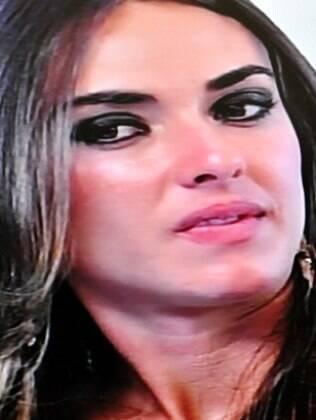 Nicole Bahls revelou que seu namoro acabou após nova traição do namorado enquanto ela estava no confinamento