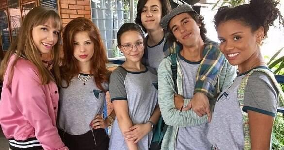 """""""Estou revivendo os 15 anos que tive"""", afirma Larissa Manoela sobre novo filme"""