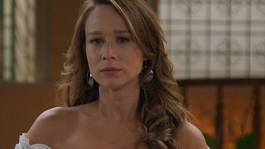 Tancinha se casa com Beto para proteger Bia, mas não quer saber do marido