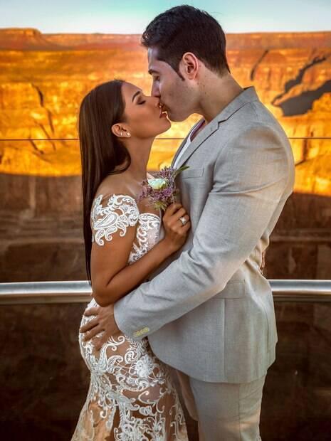 Simaria renova votos de casamento