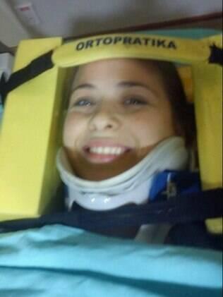 Luiza Valdetaro se machuca em quadro do
