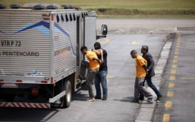 Presos que chegaram a Belém estavam em caminhão-cela que foi cena de mais quatro assassinatos