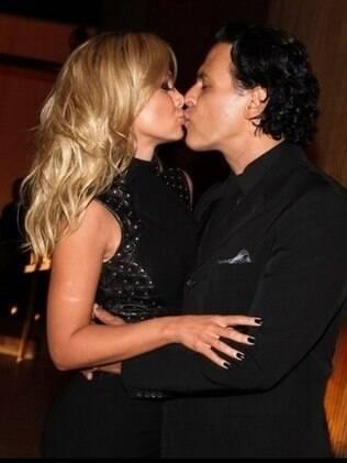 Eliana e João Marcello Bôscoli na última aparição pública do casal, no aniversário da apresentadora, em novembro de 2013