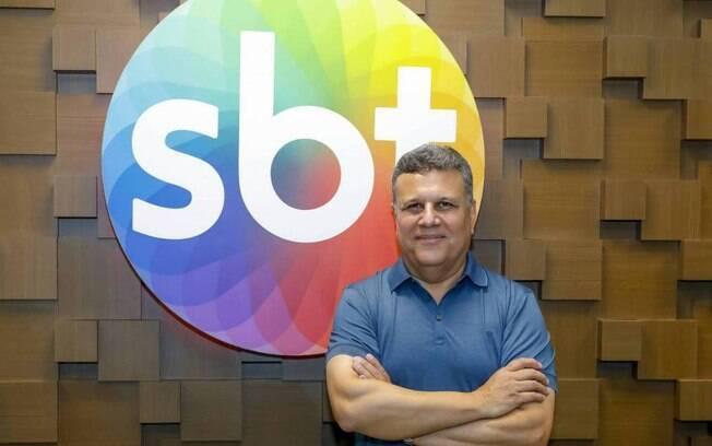 Téo José, narrador do SBT