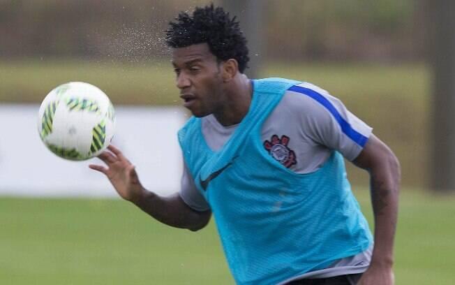 Gil está perto de voltar ao Corinthians