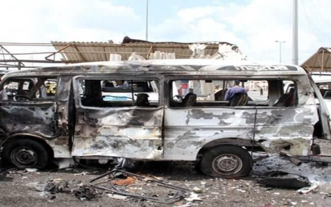 Carro-bomba explodiu na Somália