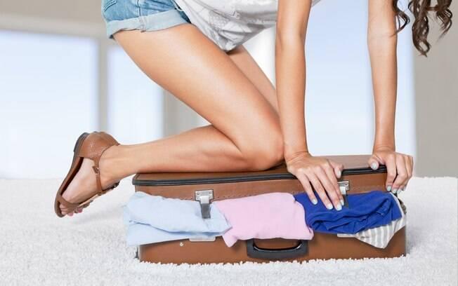 Alguns produtos tornam mais fácil a tarefa de arrumar a mala e ainda fazem você ganhar espaço na bagagem