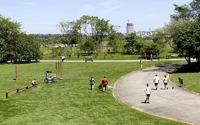 Parques da cidade serão reabertos a partir desta segunda-feira (13)
