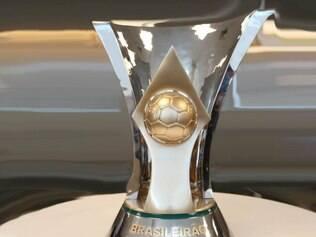 Troféu substitui a antiga taça, que era utilizada desde 1993