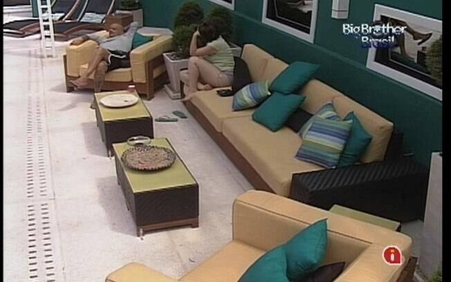 João Carvalho desabafa com Mayara sobre decisão de Fabiana