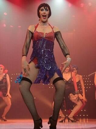 Claudia Raia e sua boa forma para o espetáculo